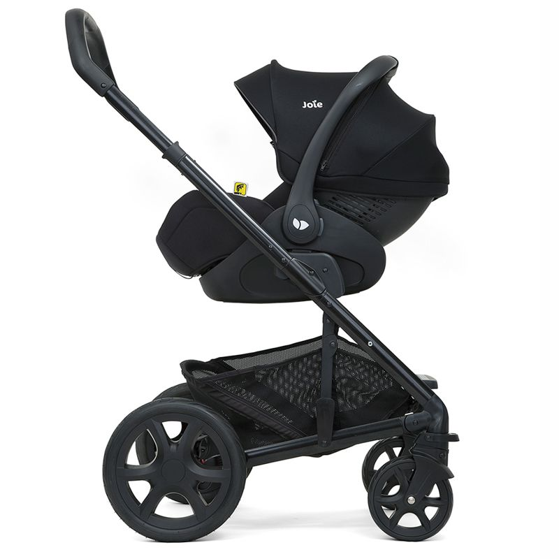 Joie i-LEVEL i-Size with stroller